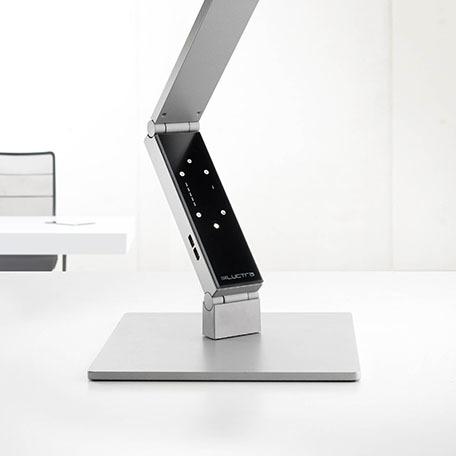 Luctra asztali LED lámpa